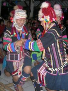 akha dance